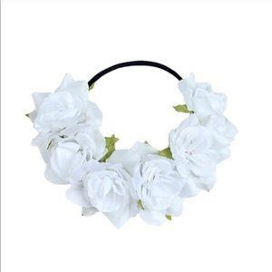 Accessories - White flower crown